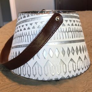 Metal Tin Bucket
